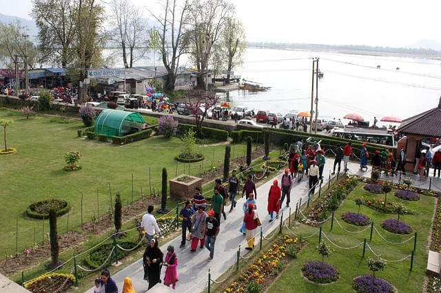 Mughal Gardens Open for Tourists