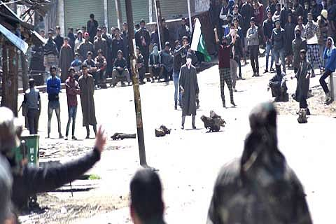 Shadow of violence looms over Anantnag ahead of polls