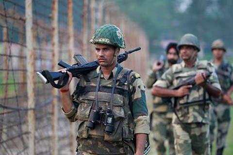 4 militants killed near LoC: Army