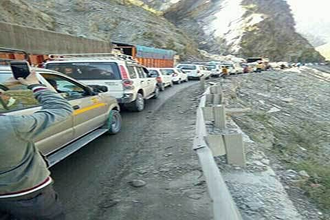 No respite in Traffic jams on highway
