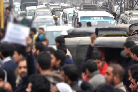 Protests over water shortage leads to traffic jams
