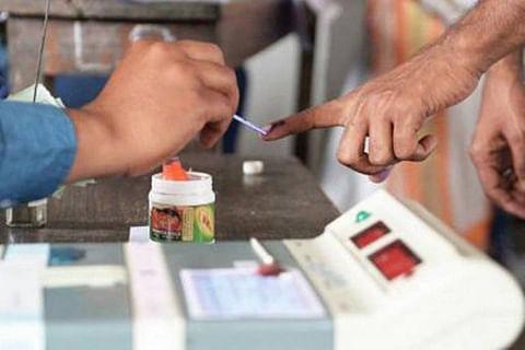 0.7 per cent voter turnout in Budgam re-poll until 9 am