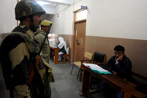 No votes polled at Budgam, Khansahib polling stations until 9 am