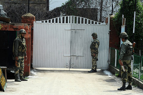 Zero per cent polling in Budgam, Khansahib stations; 219 votes polled at Chadoora until 11am
