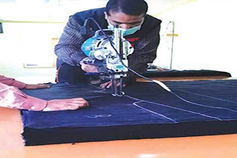 Risky business:Leaving job to choose garment manufacturing in Kashmir