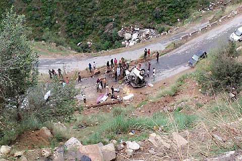 Four killed, five injured in road accident near Doda