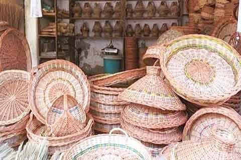 Srinagar's traditional wicker craft in last throes