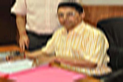 Shantmanu to proceed on central deputation