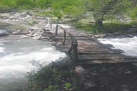 Locals demand construction of bridge over Mulchitra Nullah