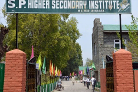 No class work at SP Higher Sec School tomorrow: DC Srinagar