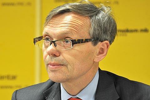 Norway's envoy calls on Mehbooba, Omar