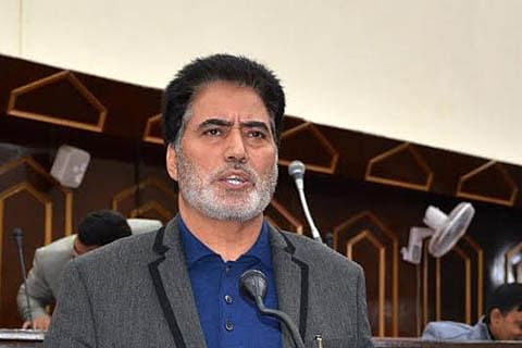 Make all street lights in towns functional: Farooq Andrabi to officials