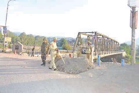 Curfew drill held in Rajouri