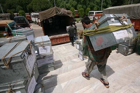 J&K govt grants move employees 30 more days to vacate accommodations in Srinagar, Jammu