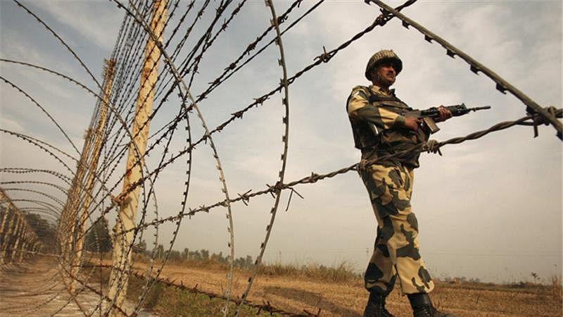 J-K: BSF IG briefs Lt Guv Manoj Sinha on security situation along IB