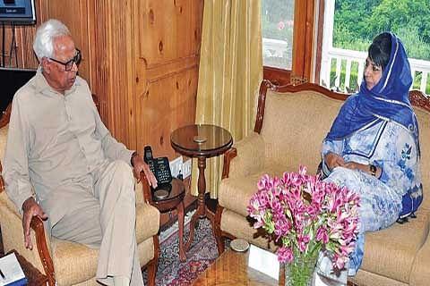Governor-CM discuss GST, militant attacks on police