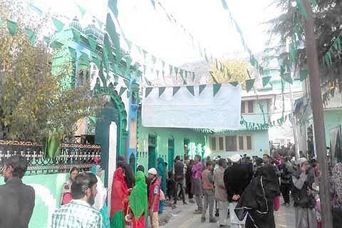 Thousands participate in Urs of Sufi saint at Kishtwar