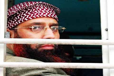 Don't insist on marrying working girls: Dr Qasim