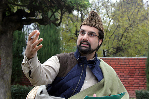 Curbs in downtown Srinagar aimed at punishing people for supporting Kashmir movement: Mirwaiz