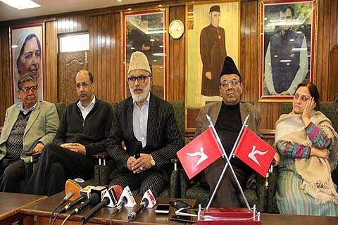 Geelani 'again' trying to bail out PDP govt: NC