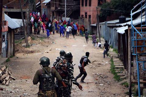 Kashmir: Massive clashes erupt in Kellar after militant killings