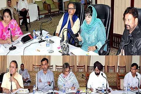 CM directs using traditional architecture for developing tourist places