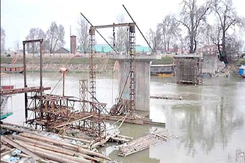 Lack of proper surveys leads to wastage of Rs 26 crore in J&K: CAG