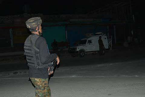 Policeman injured in Anantnag attack