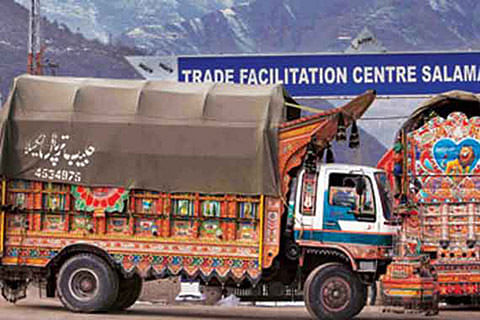 Cross-LoC trade, Kashmir peace bus to resume next week