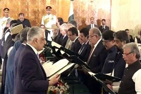 Pakistan Cabinet sworn in; Khawaja Asif may be 1st full-time FM since 2013