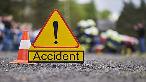 Woman dies in accident at Doodhpatri