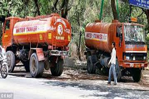 PHE turns vital road into Water Tanker station