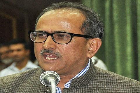 Dy CM reviews relief  disbursement among DPs
