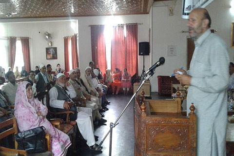 Concentrate on studies, let politicians handle political matter: Er Rasheed to students