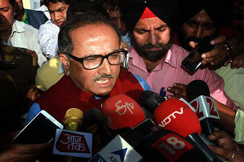 Dy CM for face-lifting of PDD installations