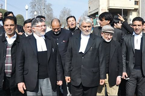 Lawyers to continue strike against 'harassment' of Bar president by NIA