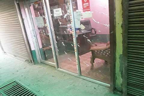 2 girls injured in Pulwama blast