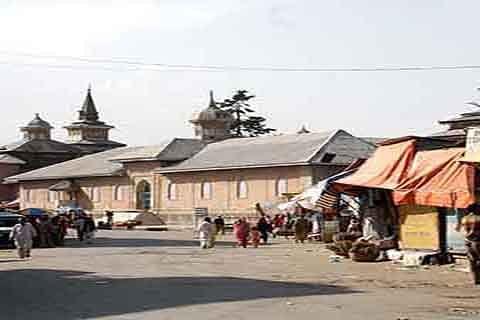 Day 3: Shopian shuts against militant killings