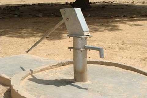 Hand pumps not working in Ramban