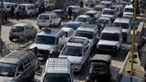 Double fare system in cabs burdening commuters
