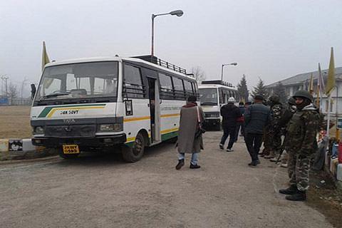 Peace bus service leaves with Muzaffarabad-bound passengers
