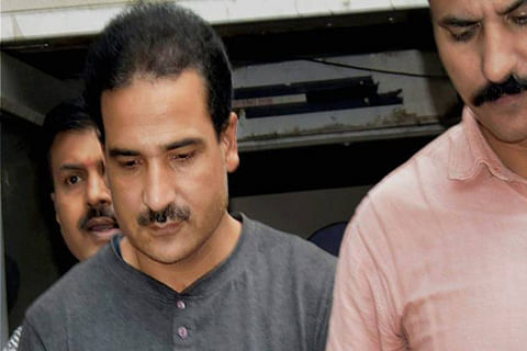 Budgam civil society demands shifting of Salahuddin's son to Srinagar Central Jail