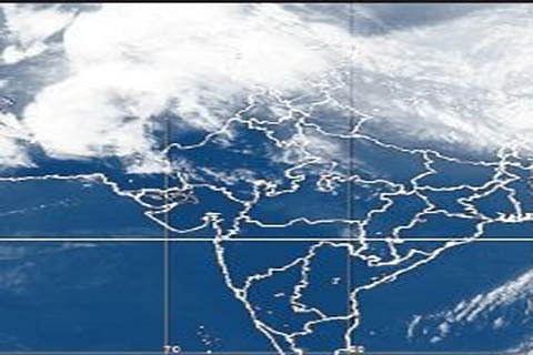 Govt issues weather advisory, alerts DCs