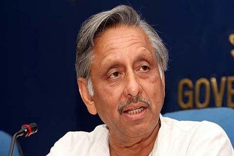 Congress suspends Aiyar over 'neech' jibe against Modi