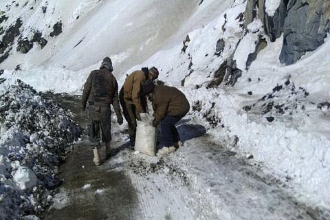 Srinagar-Leh highway restored for heavy vehicles