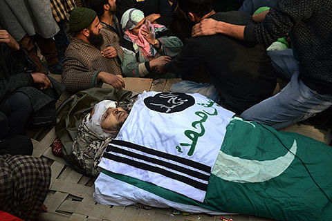 Top Jaish commander killed in Samboora gunfight