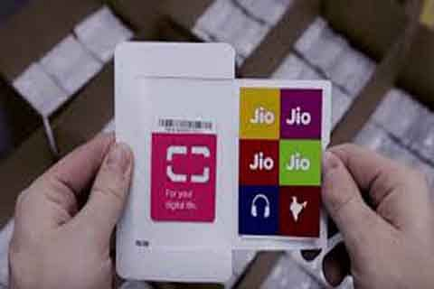 Jio to now offer cashback up to Rs 3,300 on Rs 399 recharge