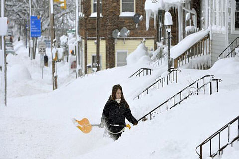 Christmas storm brings record snow to US city Erie