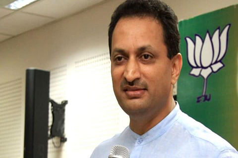 """Hegde apologises for """"constitution change"""" comments"""