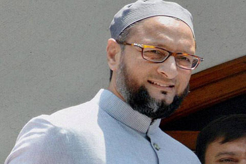 """Ensure justice for """"our bhabhi in Gujarat"""" too: Owaisi on triple talaq bill"""